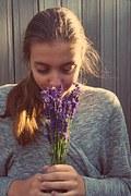 girl-1024713__180