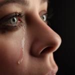 不幸自慢をする人の心理を知ろう!しやすい人の特徴とは?不幸自慢された時の対処法も紹介!