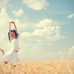 楽しく生きる方法は?考え方や周りを気にしないことの大切さを知ろう!