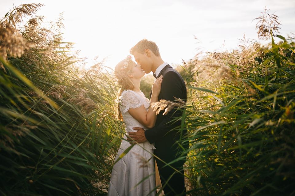 bride-1867228_960_720