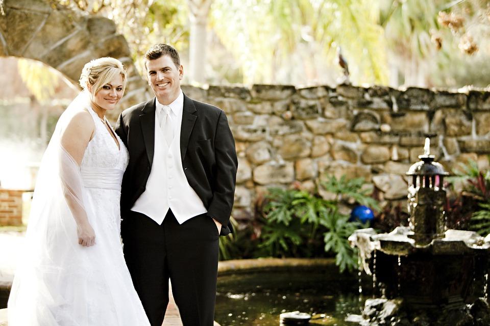 bride-458119_960_720