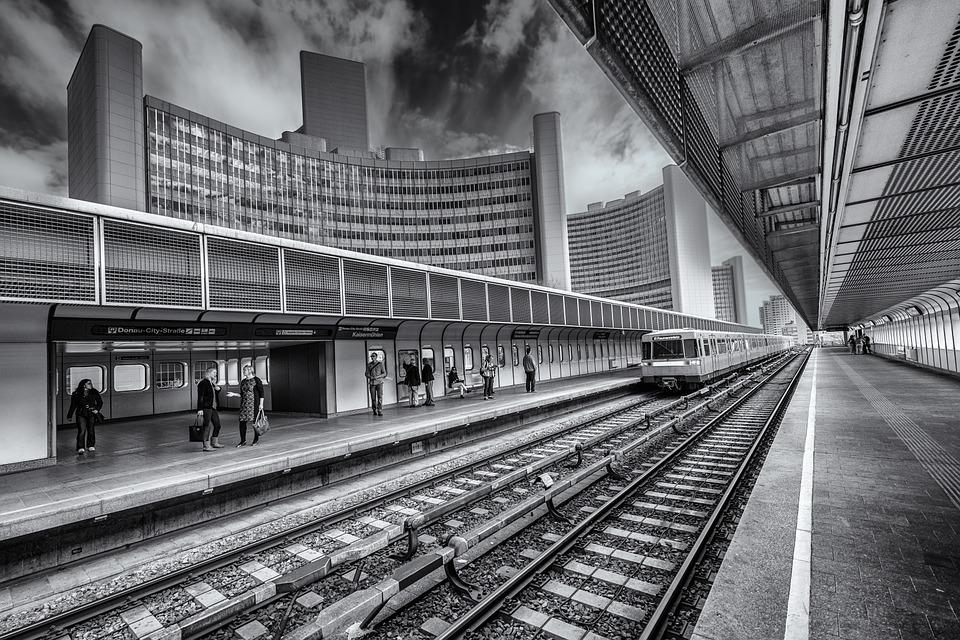 station-752147_960_720